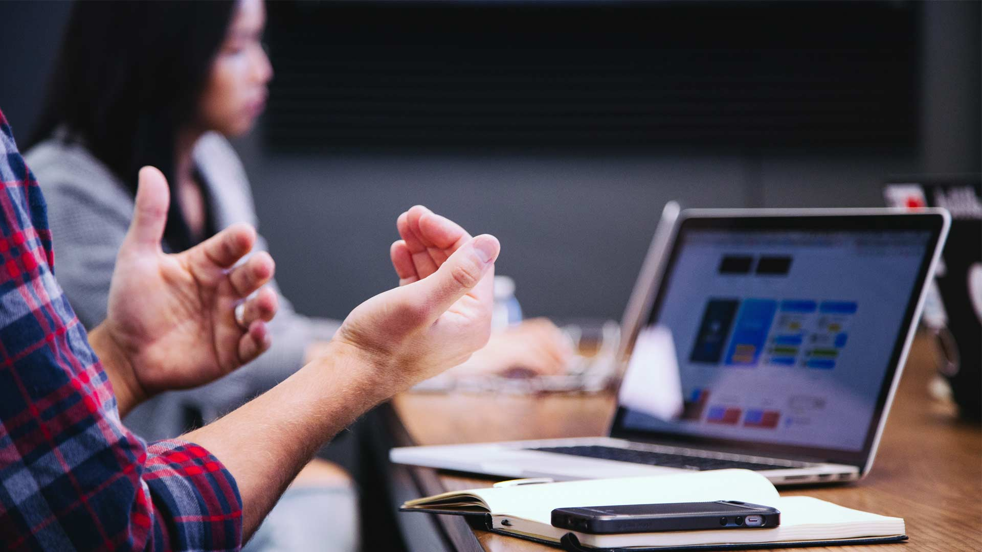 10 caratteristiche importanti di un sito internet per l'attività di web marketing
