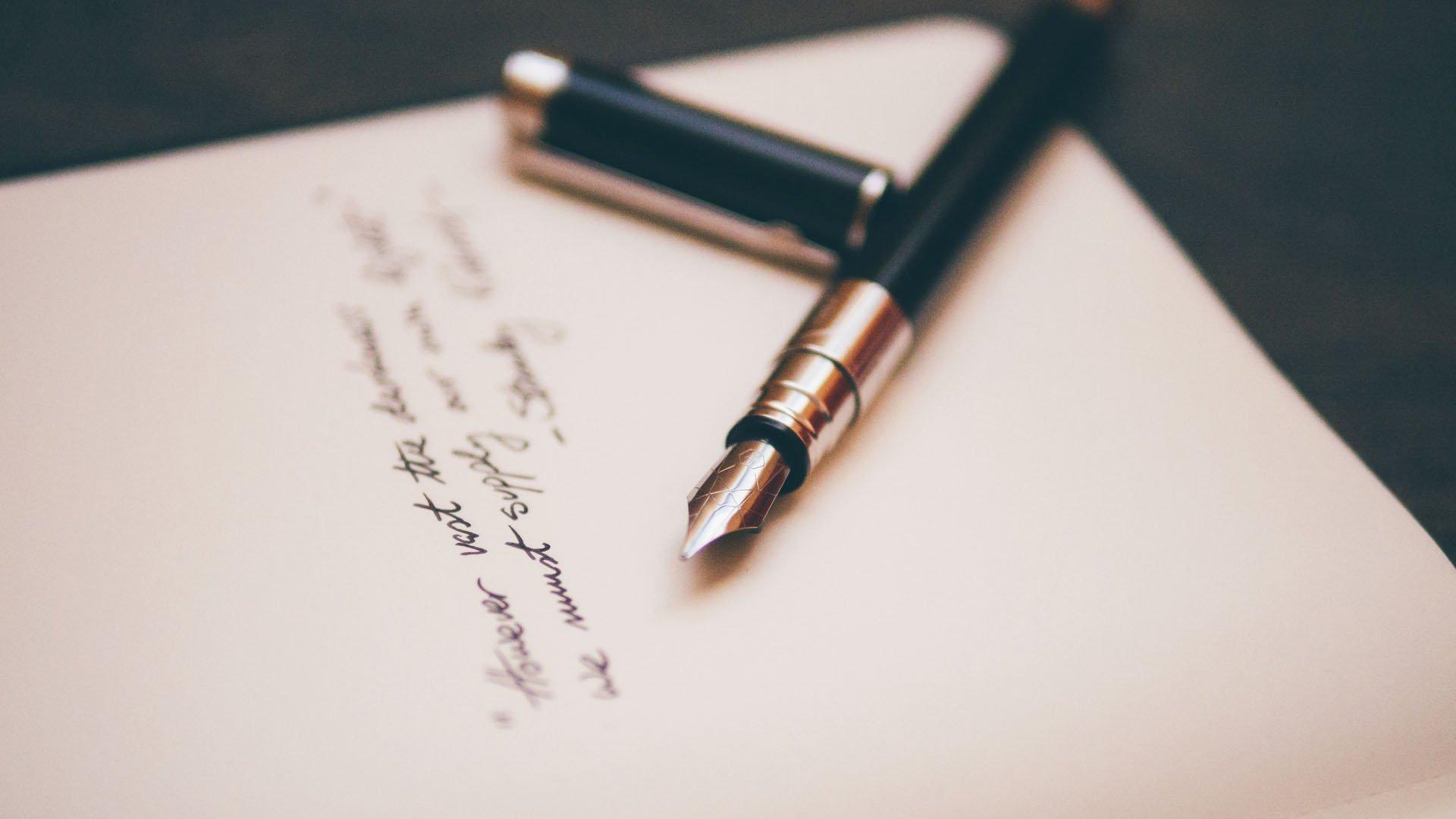 10 ragioni per scegliere un copywriter professionista per il blog B2B