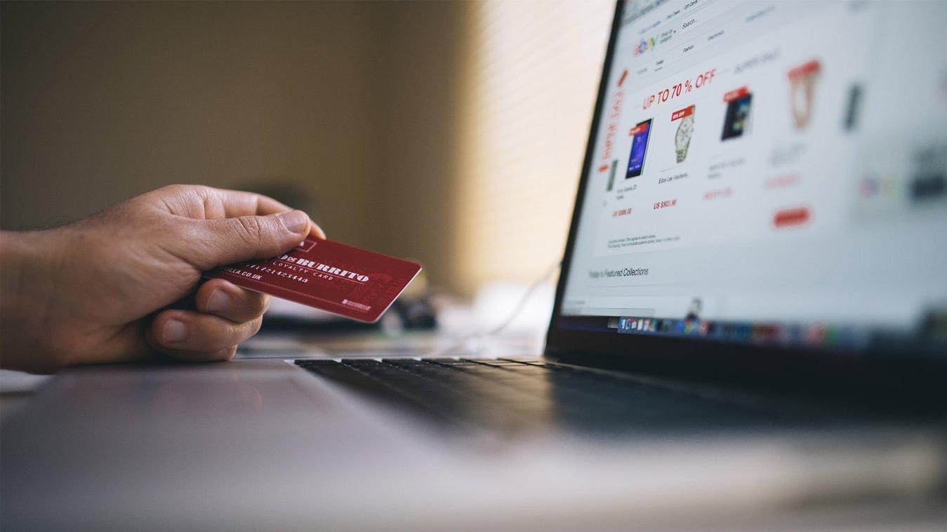 Grazie all'analisi dei dati puoi offrire esperienze online personalizzate e ottenere migliori vendite online