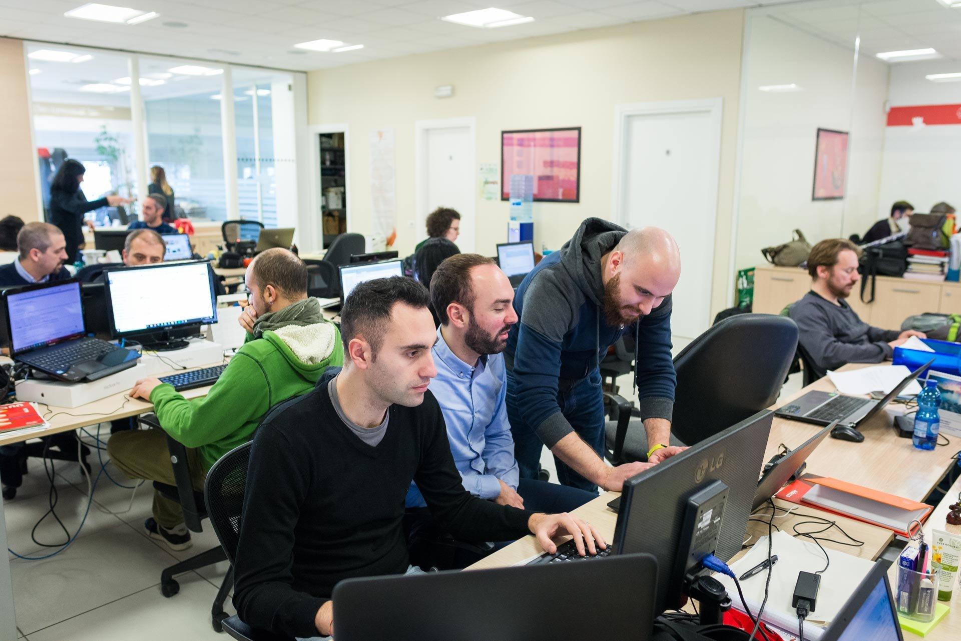 Extra | Sviluppo software personalizzato