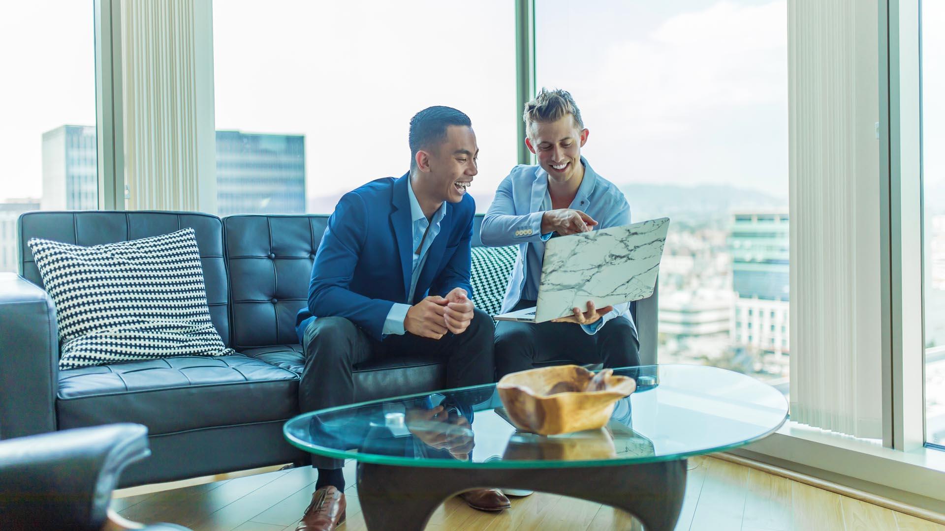 Devi dimostrare il Content Marketing ROI al tuo capo ? Usa queste 4 metriche