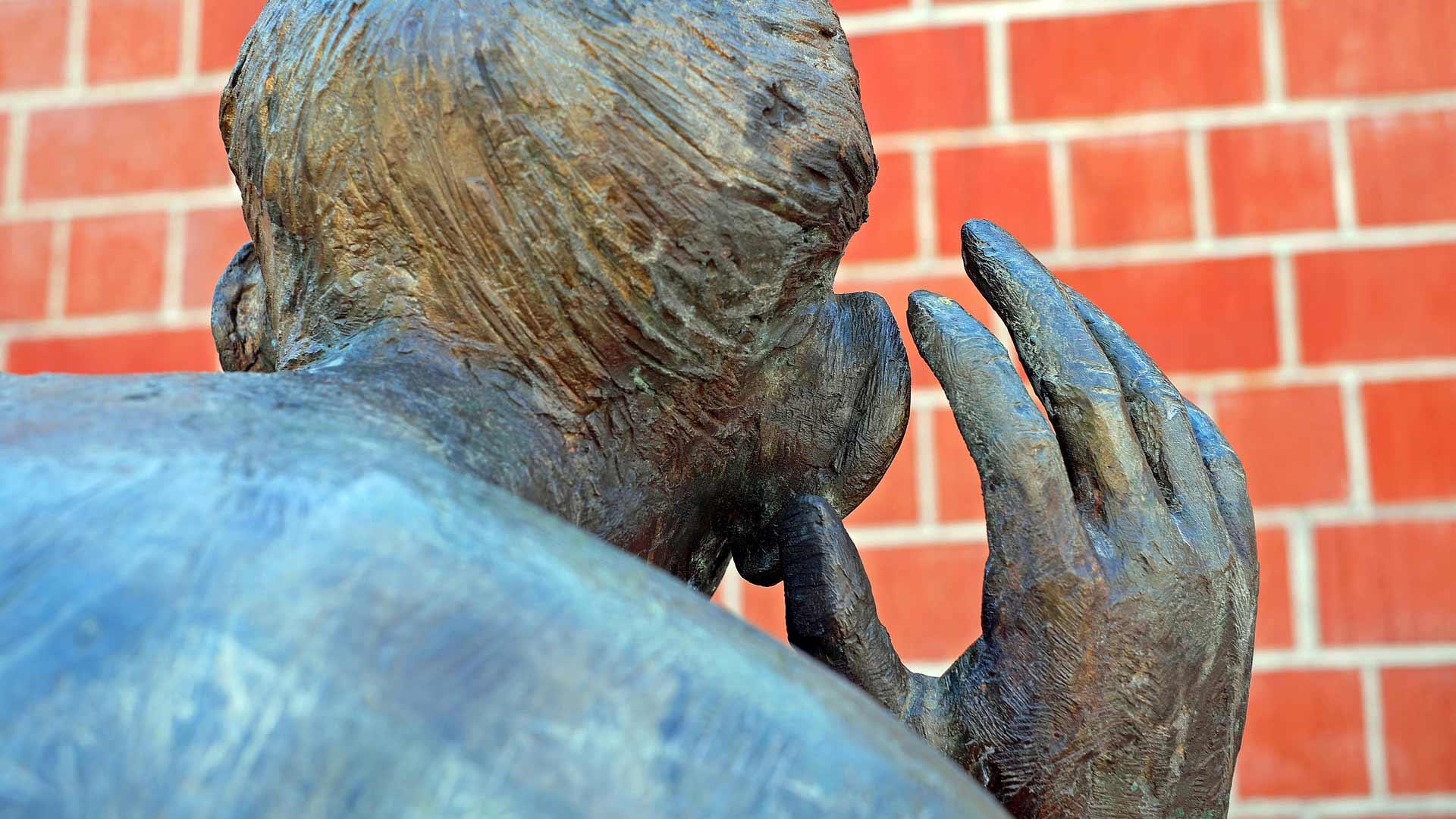 sculpture-listen.jpg