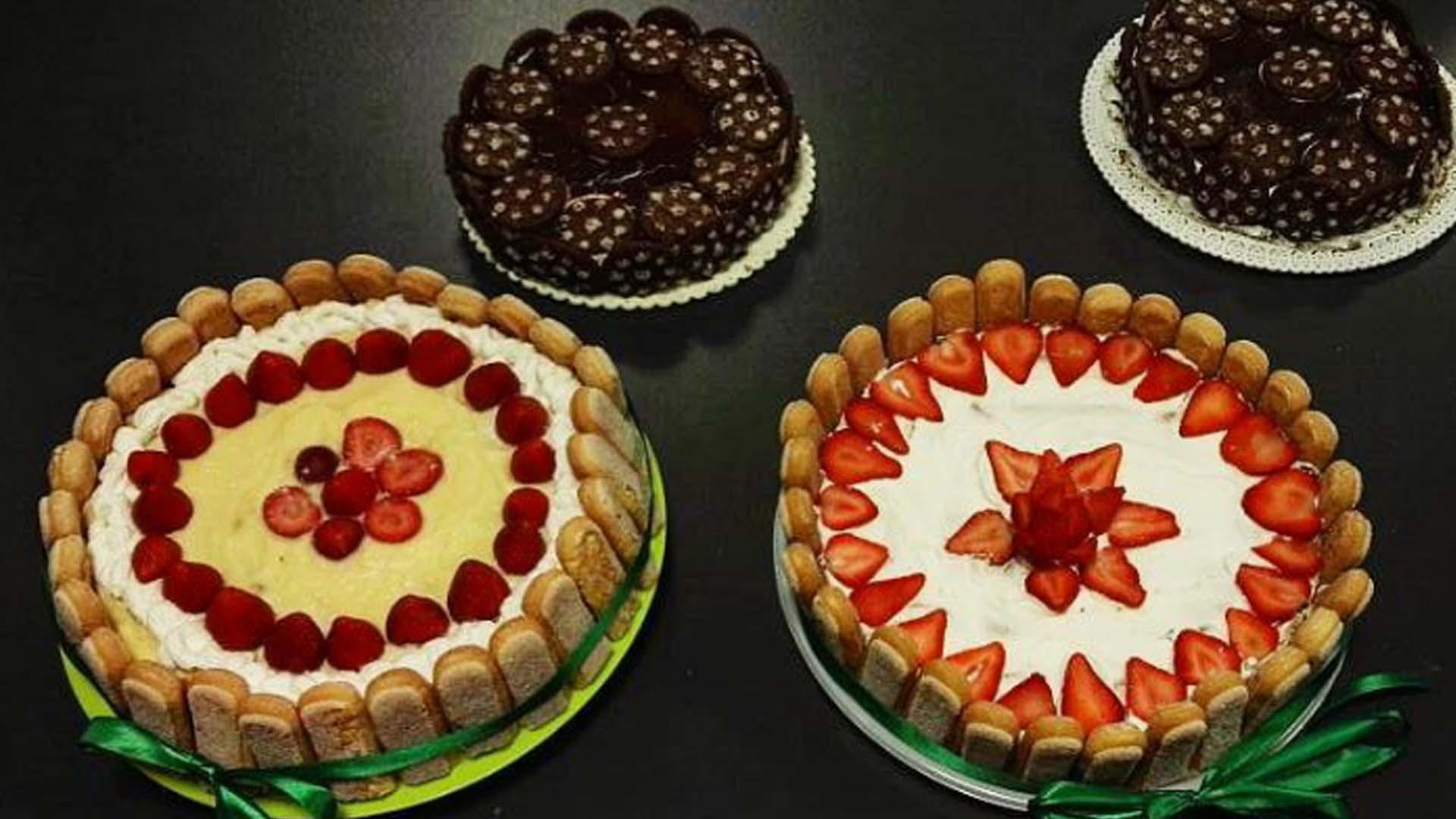 Brownies Cheesecake e bavarese al cioccolato bianco e fragole
